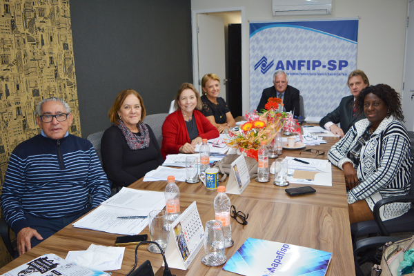 Diretoria da ANFIP-SP realiza reunião de setembro