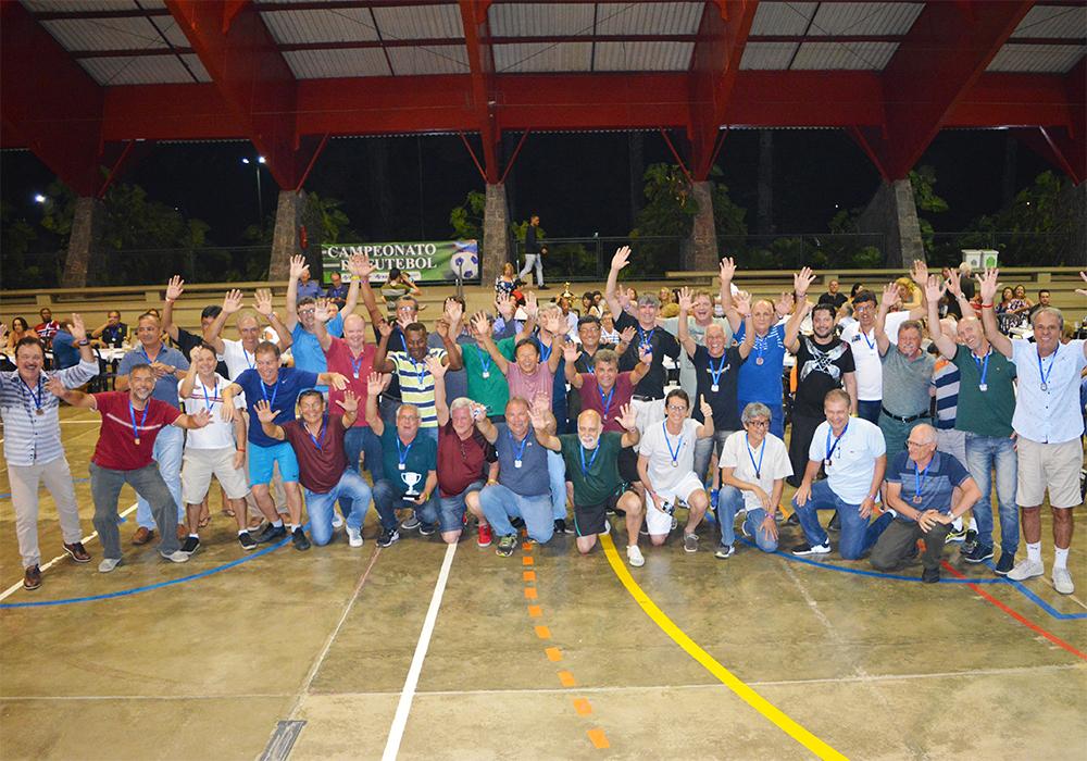 ANFIP-SP homenageia jogadores desde a primeira edição do campeonato de futebol, em 1988